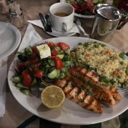Nama Restauran Grilled Salmon